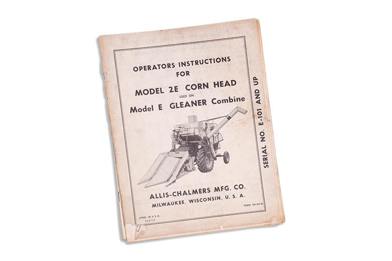 Operators Manual - Corn Head Model 2E Used On Model E Gleaner Combine